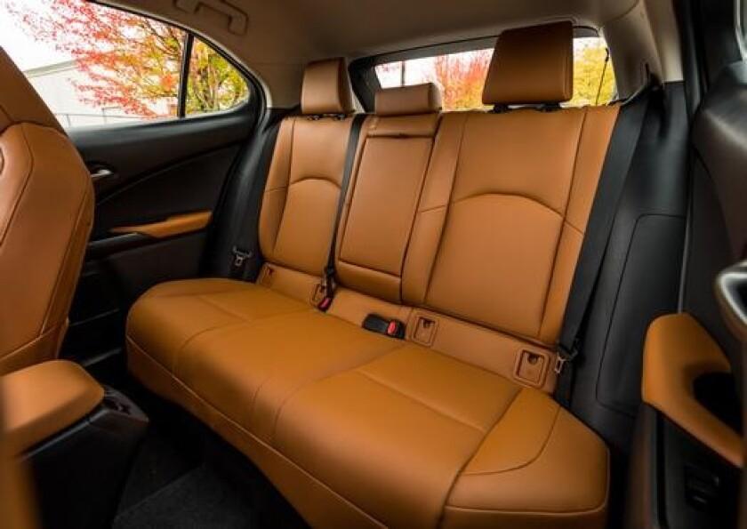 LexusUX-BackSeats.jpg