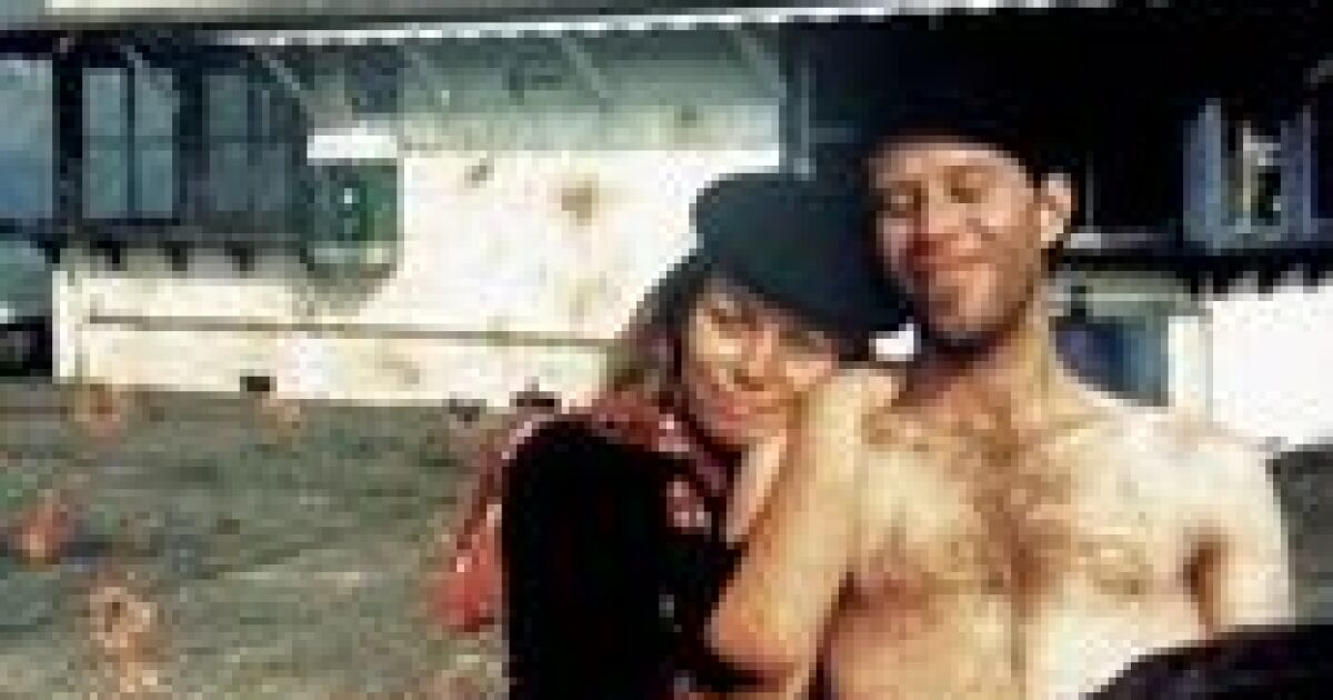 Rickie Lee Jones bares nearly all, including about Tom Waits, in her candid memoir, 'Last Chance Texaco'
