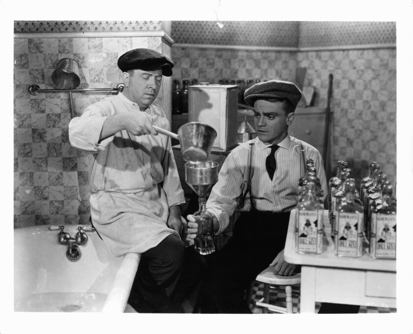 Frank McHugh And James Cagney In 'The Roaring Twenties'