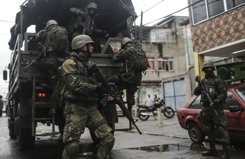 Soldiers participate in a security operation in Rio de Janeiro. Some 3,200 soldiers returned to the streets in an operation against organized crime.