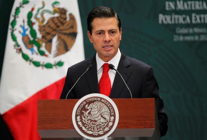 El presidente de México, Enrique Peña Nieto, habla el 23 de enero de 2017, durante un acto en la residencia oficial de los Pinos en la Ciudad de México (México). EFE