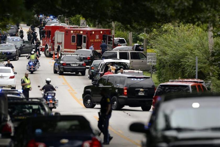 Dos estudiantes y el presunto autor del tiroteo en una escuela de educación secundaria de la pequeña localidad de Aztec, Nuevo México, fallecieron hoy a causa de los disparos, según indicaron las autoridades locales. EFE/ARCHIVO