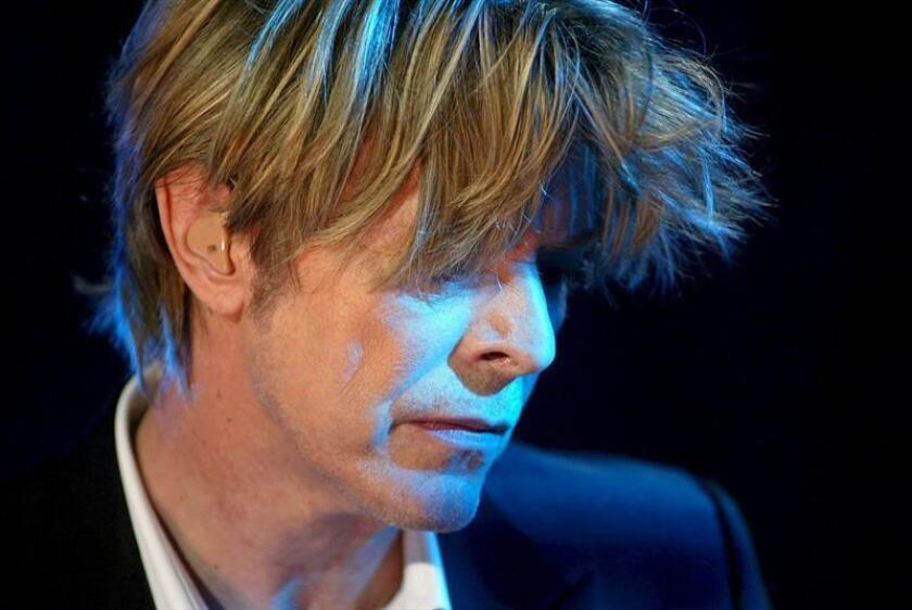 Llega a Nueva York exhibición itinerante sobre David Bowie
