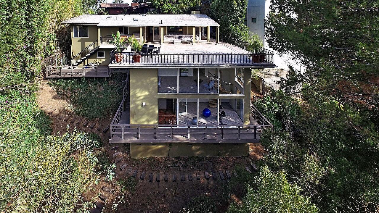 Home of the Day: Treetop retreat in Los Feliz