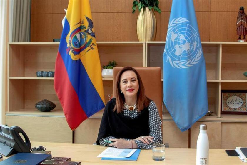 """La presidenta de la Asamblea de la ONU, la ecuatoriana María Fernanda Espinosa, habla con Efe durante una entrevista en la sede del organismo internacional en Nueva York (EE.UU.), en la que ha asegurado que la presión y las expectativas a las que se enfrentan las mujeres cuando asumen altos cargos políticos """"son siempre mucho mayores"""". EFE"""