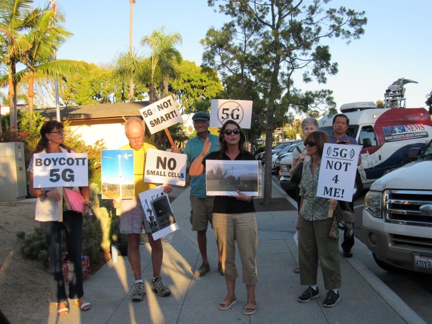 5Gprotest.JPG