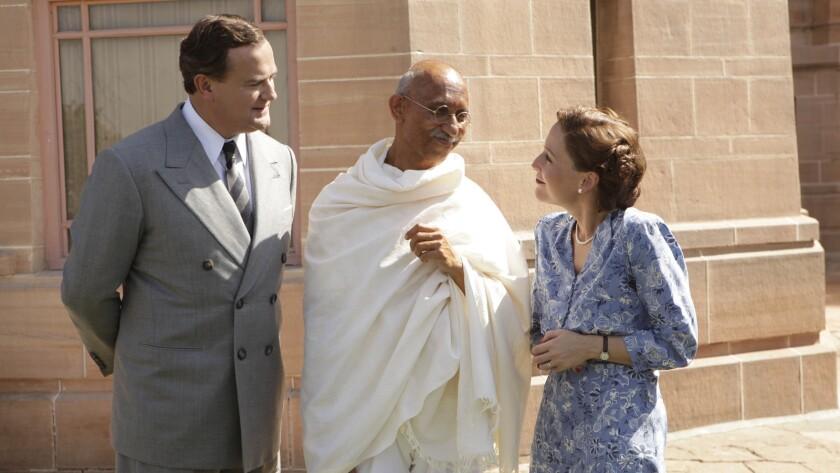Hugh Bonneville as Mountbatten, Neeraj Kabi as Gandhi and Gillian Anderson as Edwina in Gurinder Cha
