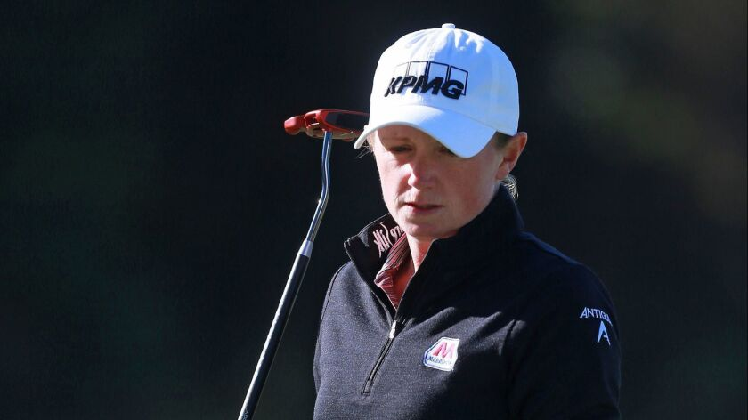 Stacy Lewis watches a putt during the first round of the Diamond Resorts Tournament of Champions in Orlando, Fla., on January 17, 2019.