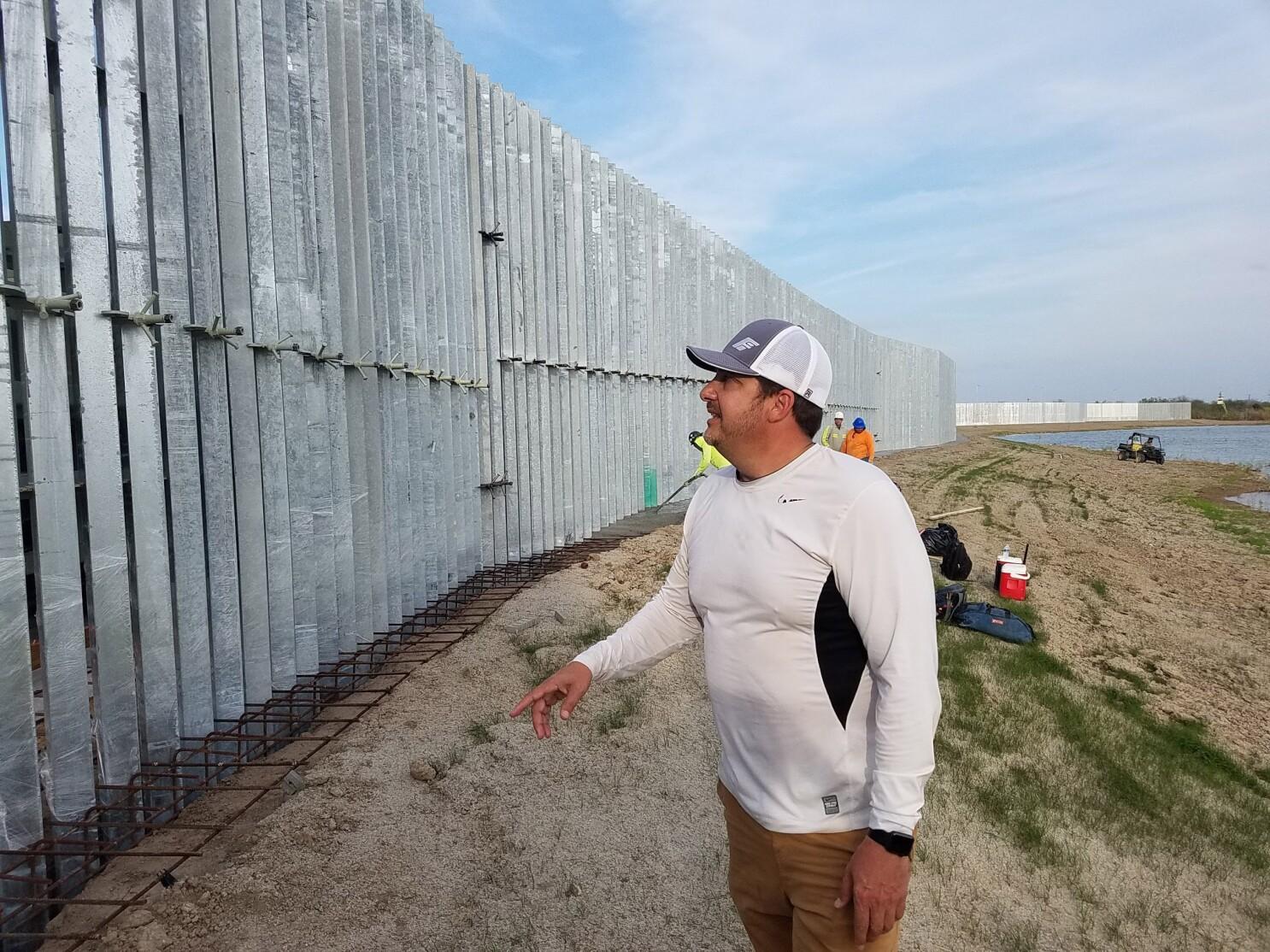 Este hombre afirma que puede construir el muro fronterizo de Trump más rápido y más barato que los contratistas del gobierno - Los Angeles Times