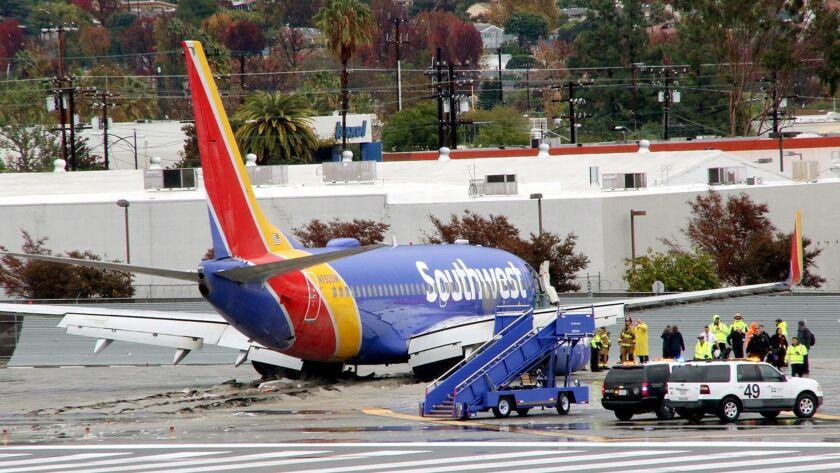 Southwest Plane into EMAS System Nov 2018 (© Ross A Benson)