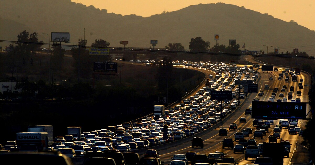 Shootings along 91 Freeway have authorities baffled - Los Angeles Times