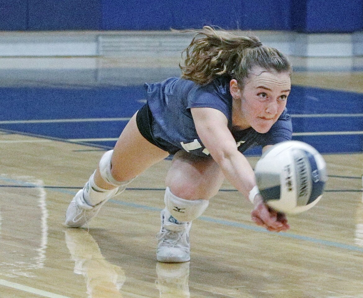 Photo Gallery: Flintridge Prep vs. Providence in Prep League girls' volleyball