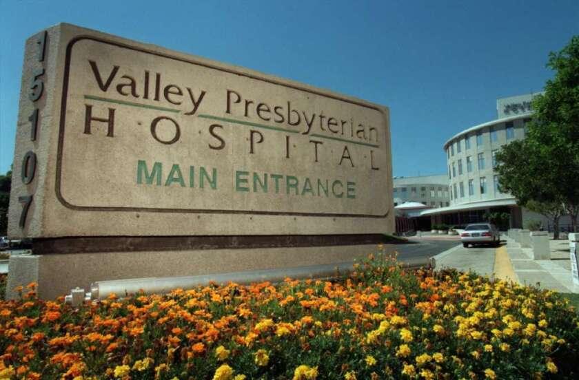 Valley Presbyterian, uno de 11 hospitales con multas.