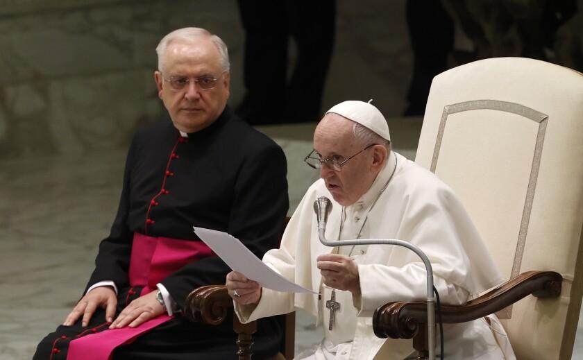 El papa Francisco habla durante su audiencia general en la sala Pablo VI del Vaticano