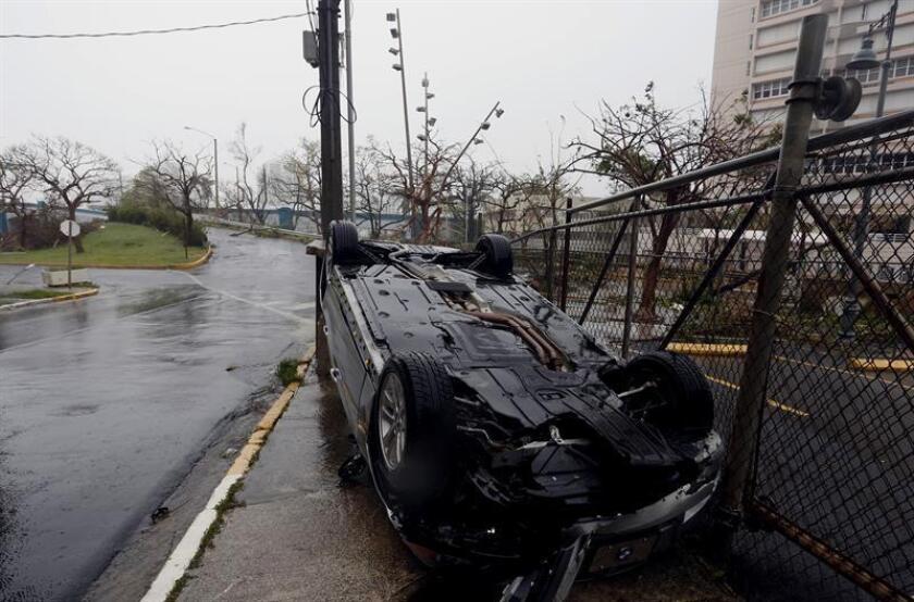 El Centro de Unido de Detallistas (CUD) anunció hoy que será el enlace, tanto de comerciantes como de ciudadanos, que todavía experimentan dilación en el pago de sus seguros de propiedad y contingencia a prácticamente nueve meses del paso del huracán María. EFE/ARCHIVO