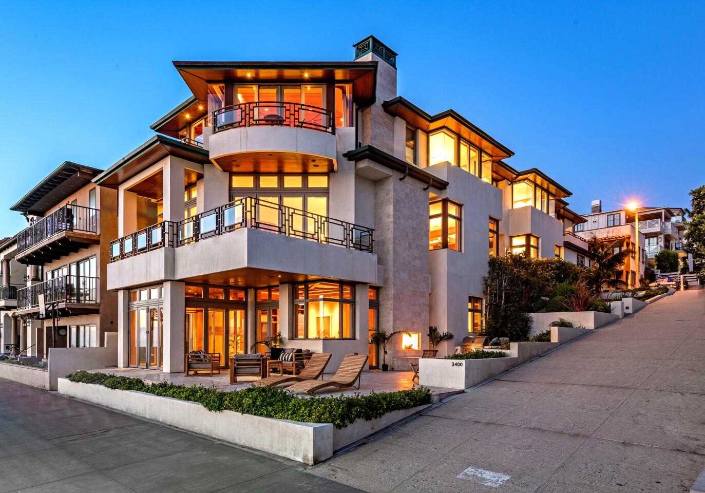 House Hunt | Manhattan Beach