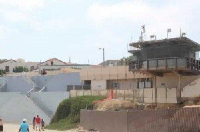 CP-lifeguard-tower-last-week-1-300x199