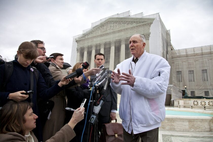 Justices skeptical of farmer who planted patented seeds