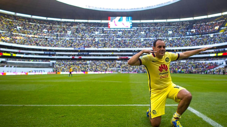 Cuauhtémoc Blanco (México): el último gran referente e ídolo de la afición del América. Fue campeón de Liga y de goleo con las Águilas.