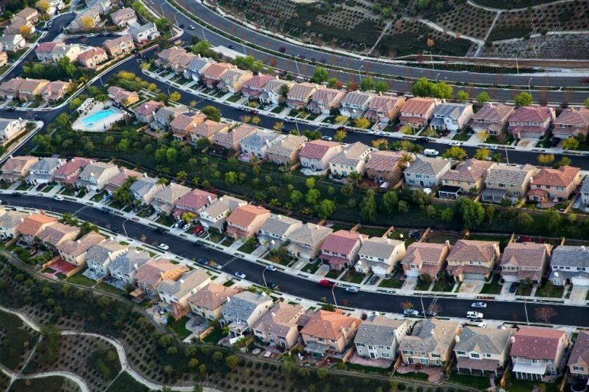 A housing development in Santa Clarita, Dec. 19, 2014. For American families, household incomes rose strongly in 2015, breaking a years-long pattern of income stagnation.