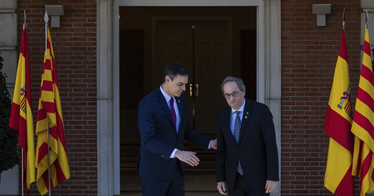 Leaders of Spain and Catalonia open long-awaited talks on region's political future
