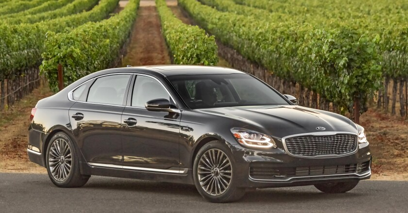 The 2019 K900 is sold in one Luxury V6 trim level with a starting price of $60,895, with just one factory option for the VIP package, $4,000, for a sticker of $64,895.