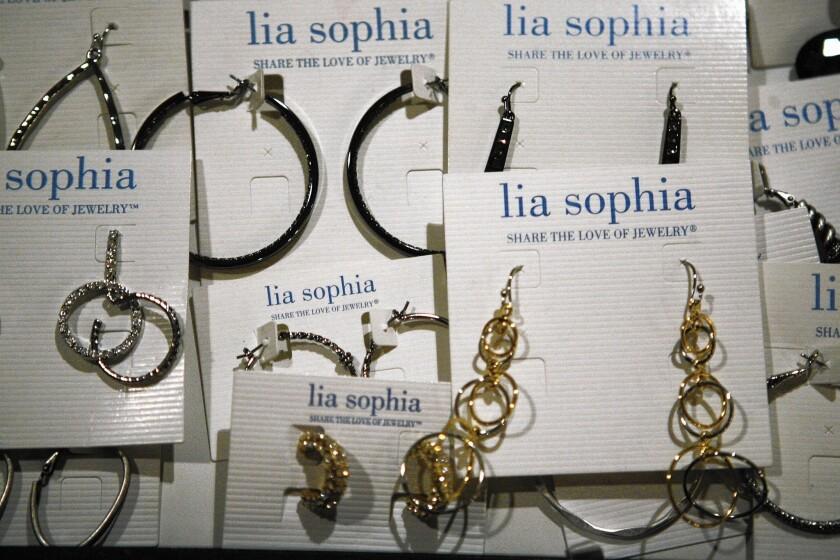 Lia Sophia, a direct-sales jewelry company, shut down in 2015.
