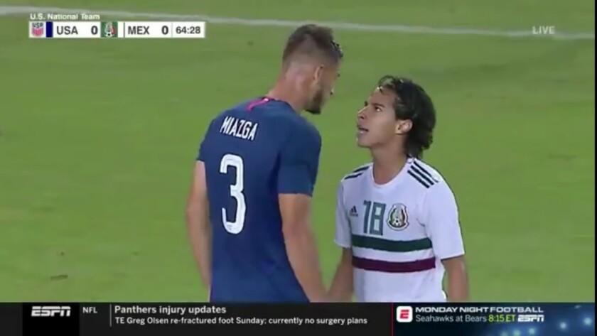 Miazga se enfrentó a Lainez durante el último duelo de Estados Unidos ante México.