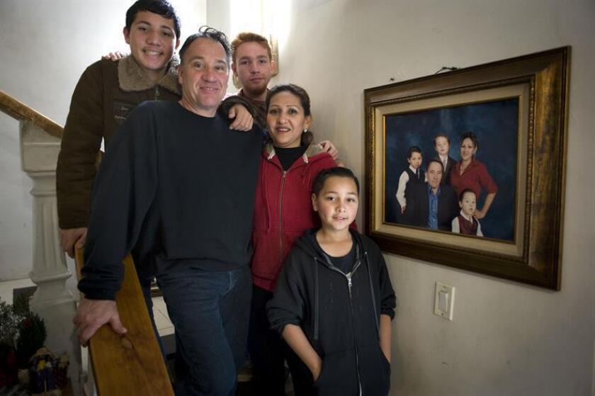 La línea final se ve cada vez más cerca para una familia separada por leyes migratorias y que ahora se mantiene en espera de que finalmente el Gobierno estadounidense les conceda la reunificación en California. EFE