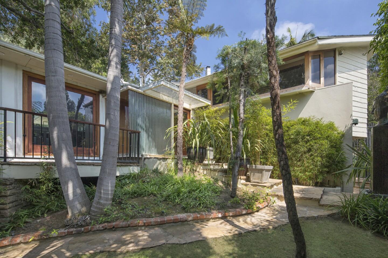 John Lautner-renovated home   Hot Property