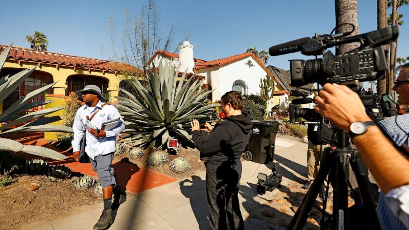 LOS ANGELES-CA-NOVEMBER 27, 2017: Cameras wait outside of the home of Meghan Markle's mother in Los Angeles on Monday, November 27, 2017. Markle is engaged to Prince Harry. (Christina House / Los An