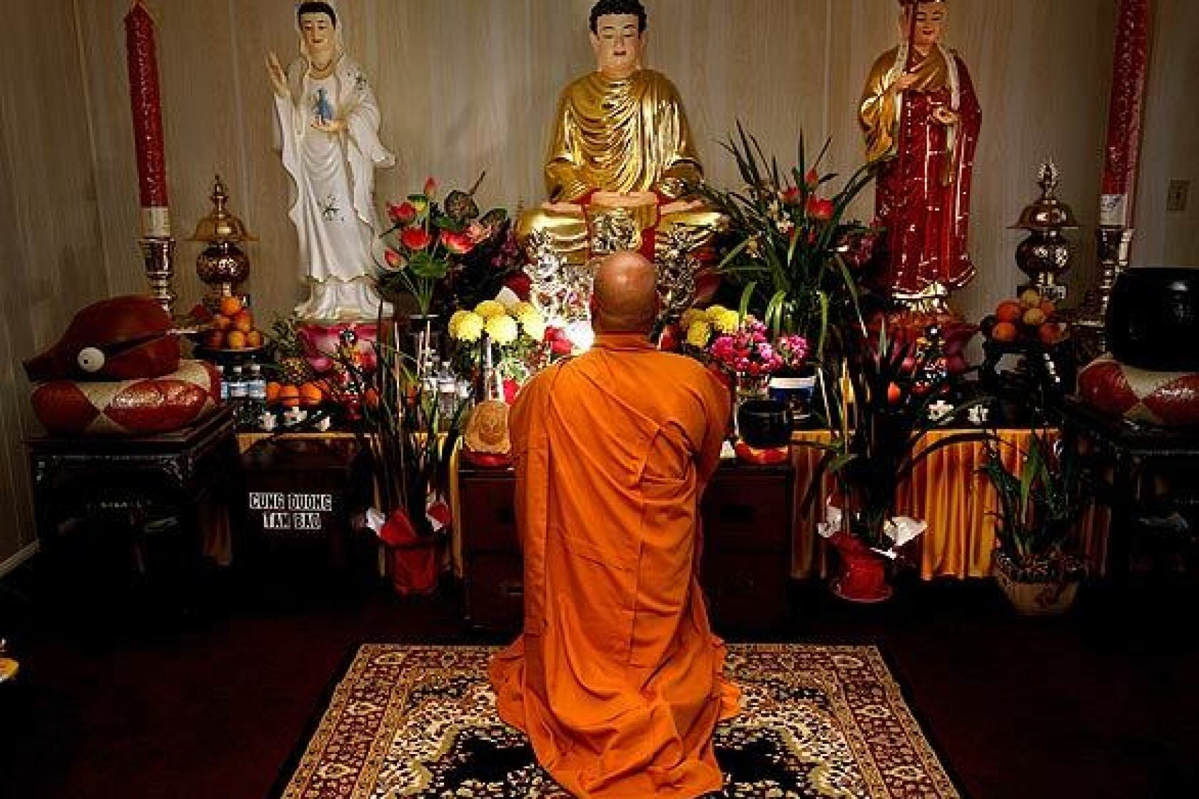 Buddhist Meditation Center rises in Adelanto - Los Angeles Times