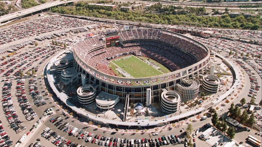 San Diego's Qualcomm Stadium is seen during th Chargers' game against the Indianapolis Colts October 26, 1997.