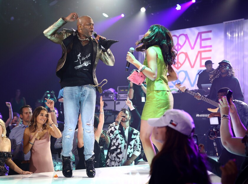 Flo Rida performs during the 26th Race to Erase MS gala.