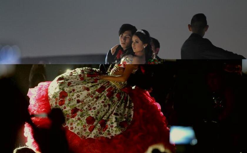 La joven mexicana Rubí Ibarra García baila durante la celebración de sus quince años hoy, lunes 26 de diciembre de 2016, en La Joya (México). El cumpleaños número quince de la mexicana Rubí, un evento que pasó de ser algo local a convertirse en un fenómeno mediático en México y el extranjero gracias a las redes sociales, se mantiene como tendencia en estas plataformas virtuales el día en que se realiza la fiesta. EFE