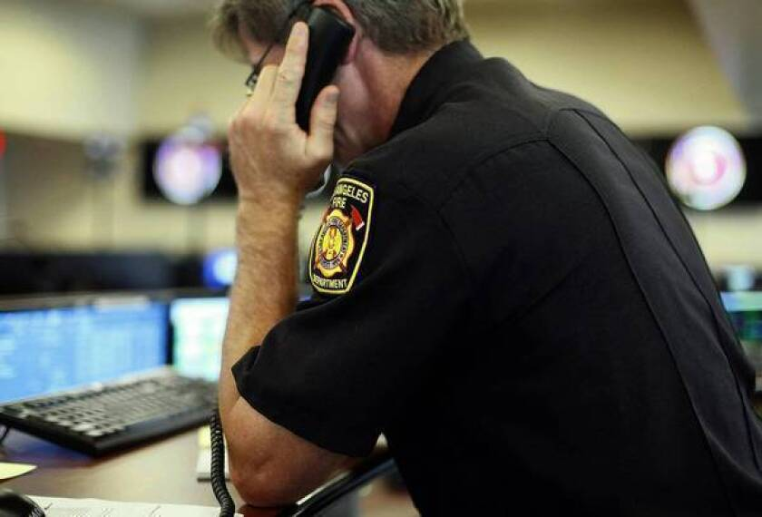 Grand jury wants LAFD to reverse cuts, overhaul 911 call center