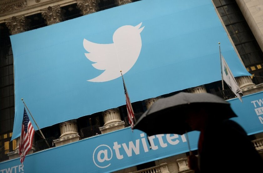 Twitter will begin rolling out ads to non-account holders through a handful of advertisers in the U.S., United Kingdom, Japan and Australia.