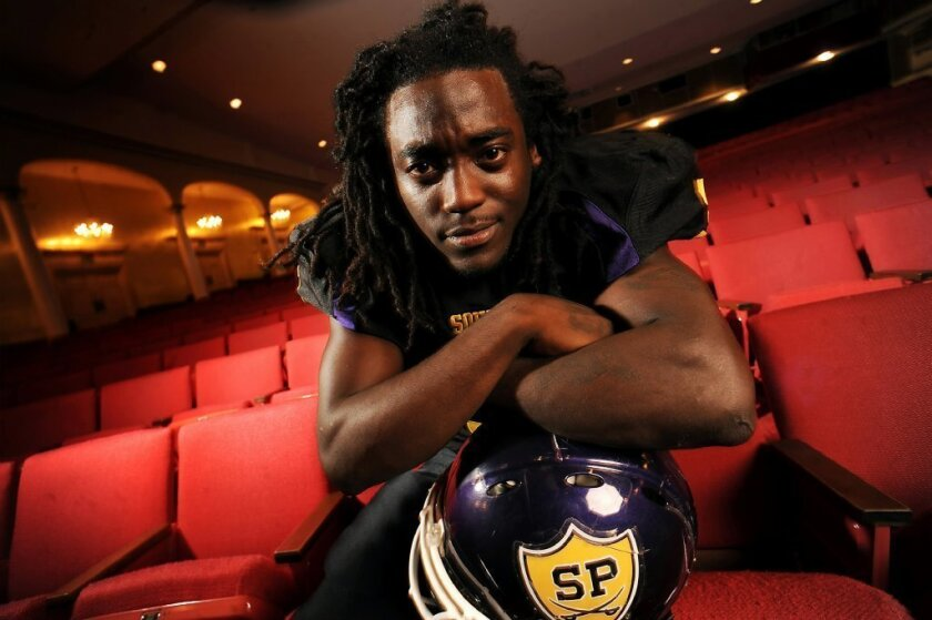 Alex Collins' mom hires lawyer to stop son from going to Arkansas
