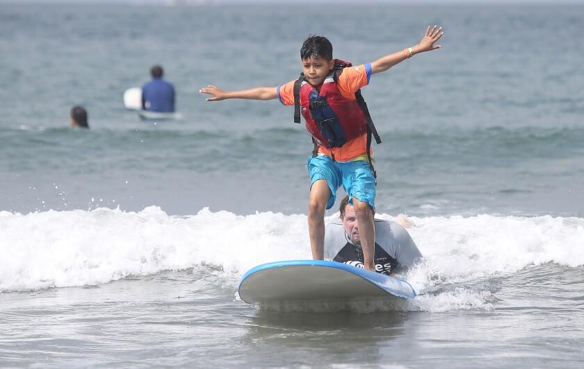 tn-dpt-me-miracle-kids-surf-camp-3.JPG