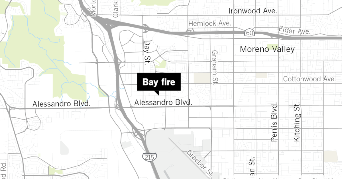 Fire starts in Moreno Valley shortly after police chase