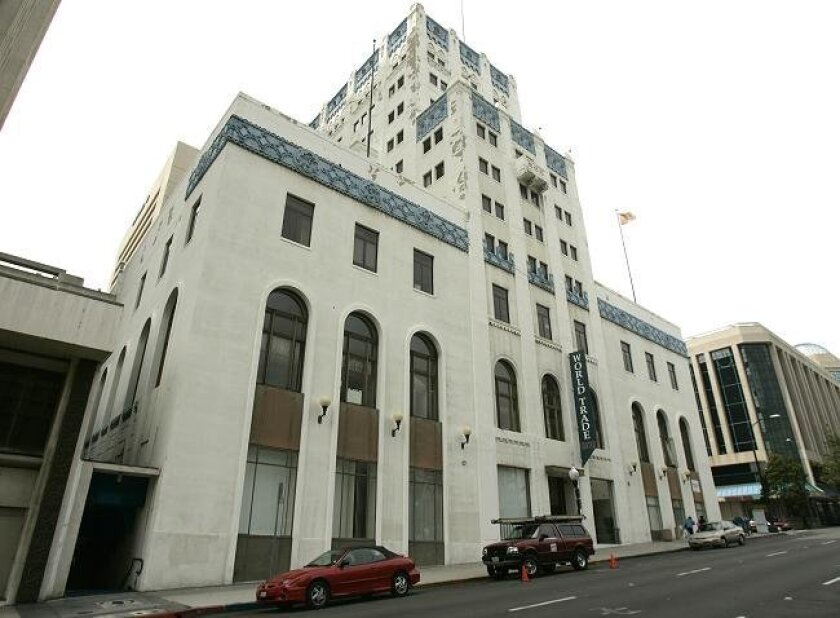 """A volunteer citizen's committee recommends that the city award a contract to develop and operate a """"one-stop"""" homeless center at the old World Trade Center on 1250 6th Avenue."""