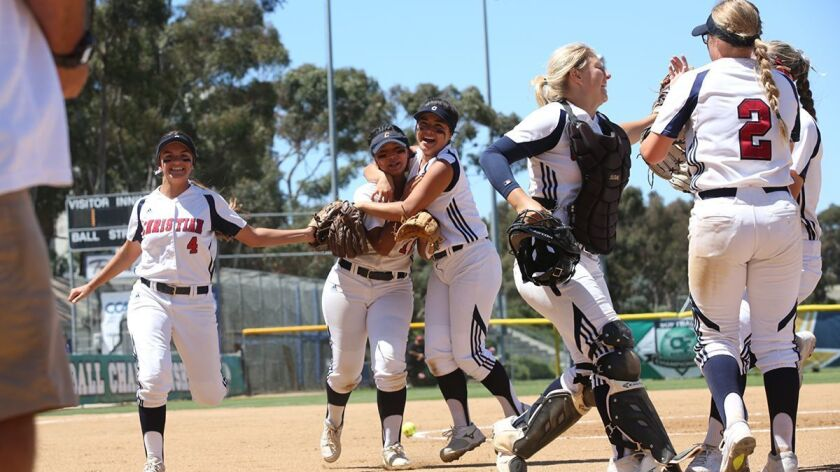 CIF Girls Div. 3 High School Softball Finals played at UCSD.2840017sd_sp_preps_soft_div3_