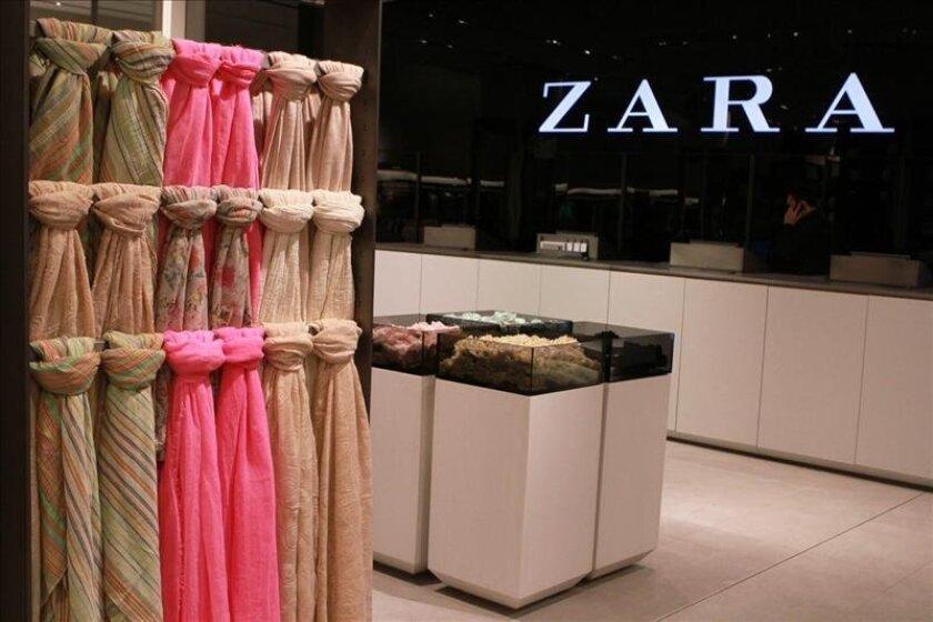 Vista del interior de una tienda de Zara en Nueva York, EE.UU. EFE/Archivo