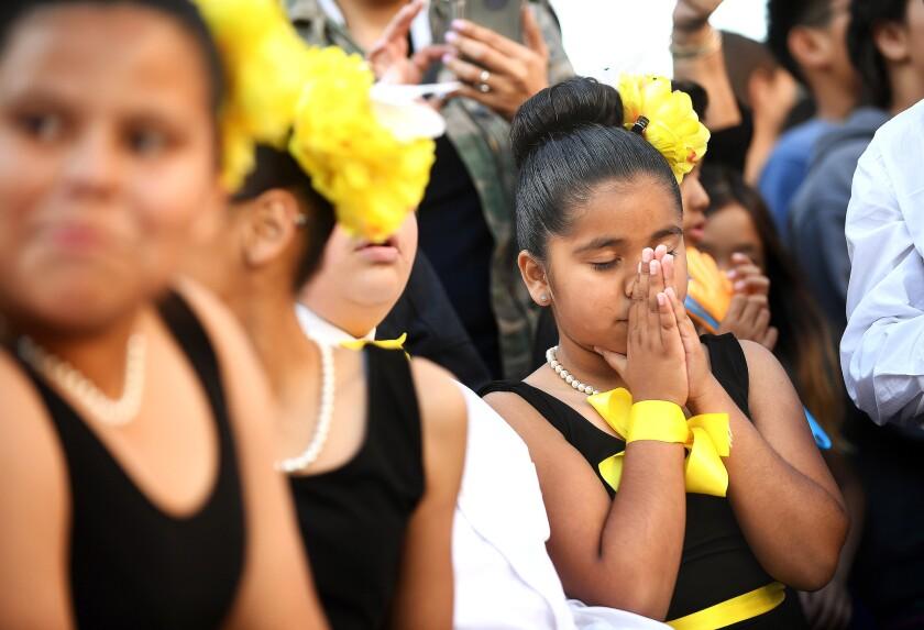 LOS ANGELES-CA-MAY 23, 2018: Estrella Elementary School students including Maria Nava, right, anxiou