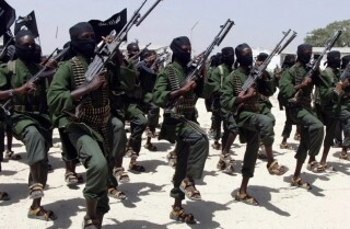 Al Shabab attacks Kenyan town, warns foreigners to stay away