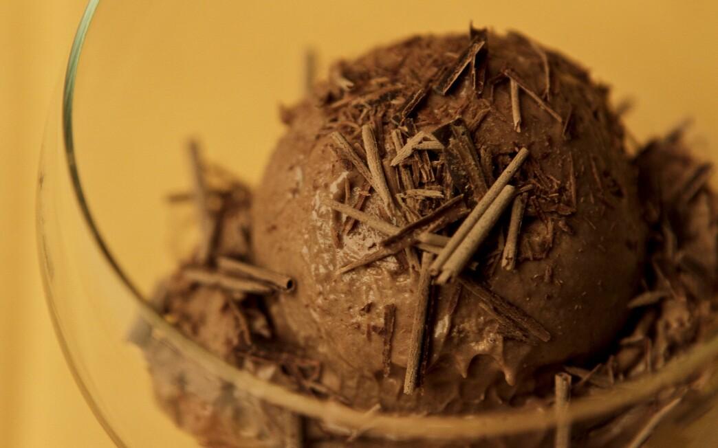 Frozen chocolate zabaglione