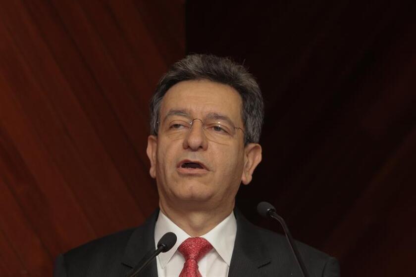 El subsecretario de Prevención y Promoción de la Secretaria de Salud Pablo Kuri Morales participa en una rueda de prensa ofrecida en Ciudad de México (México). EFE/Archivo