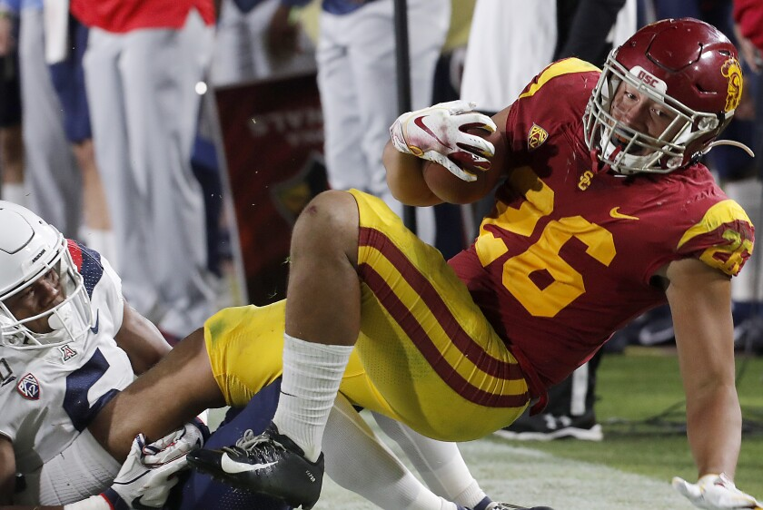 USC linebacker Kana'i Mauga