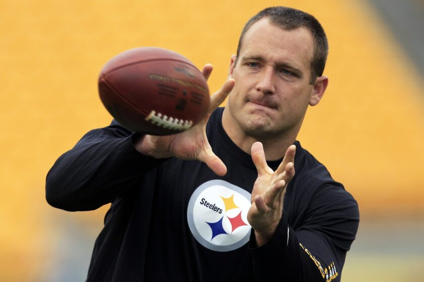 FILE - In this file photo from Oct. 7, 2012,  Pittsburgh Steelers tight end Heath Miller (83) warms up before an NFL football game against the Philadelphia Eagles in Pittsburgh. Steelers tight end Heath Miller retired on Friday, Feb. 19, 2016,  after an 11-year career with the franchise that includ