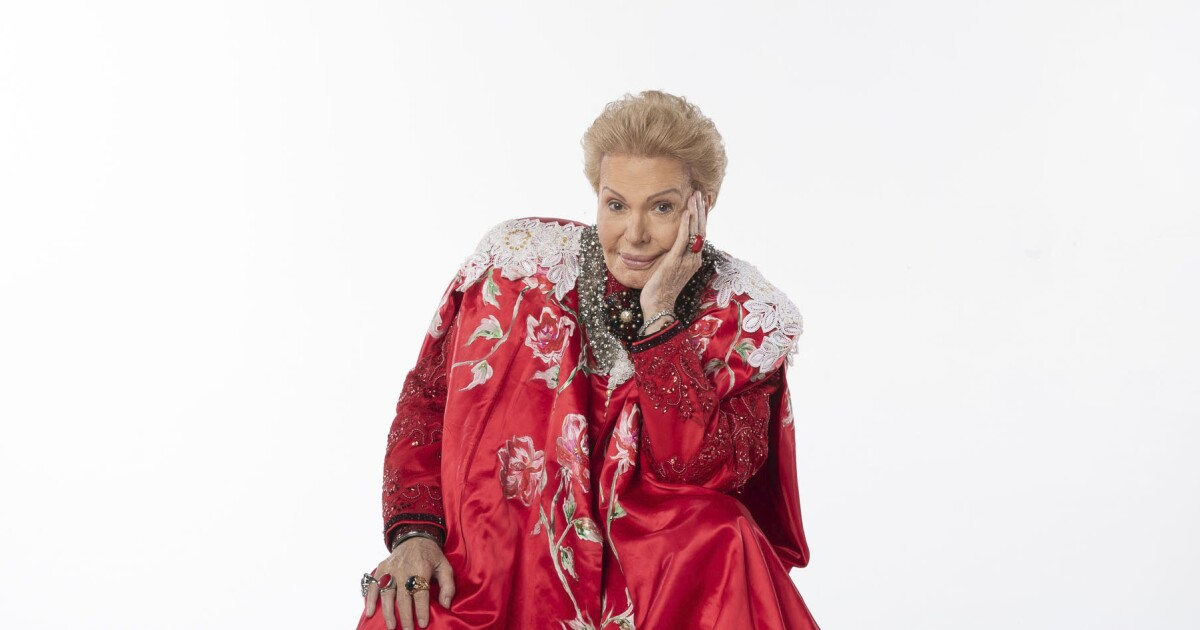 What's on TV This Week: Walter Mercado, Tom Hanks